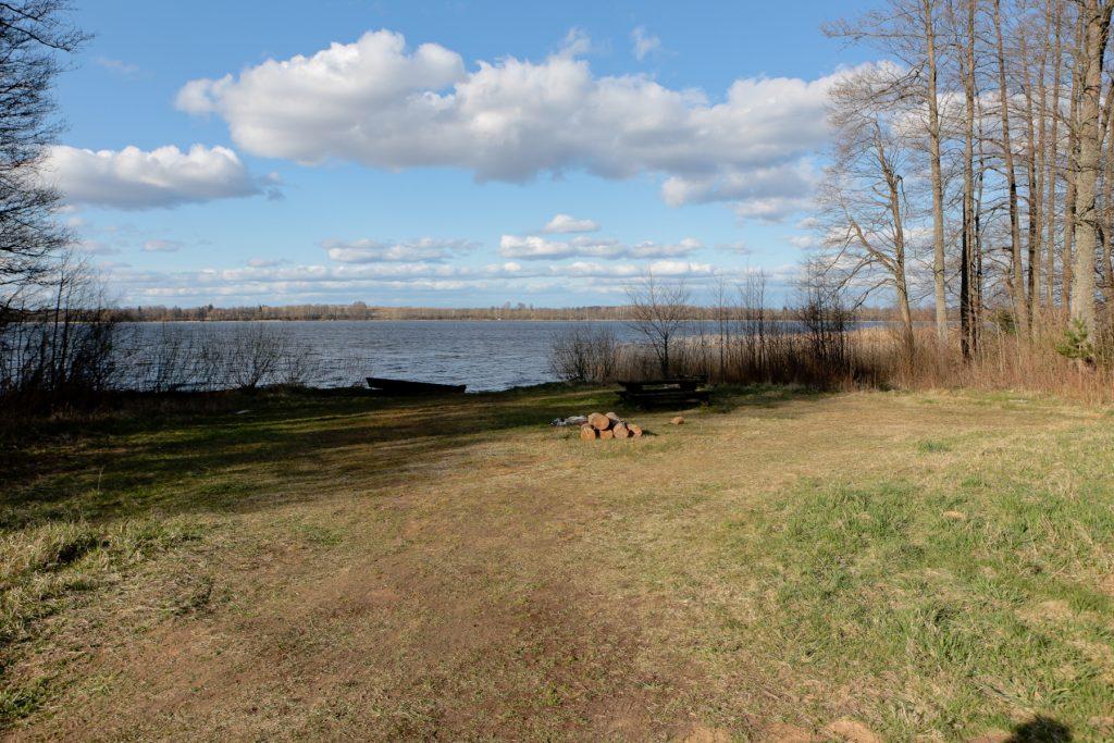 Atpūtas vieta pie Saukas ezera